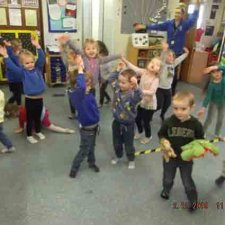 Musical statues in PE